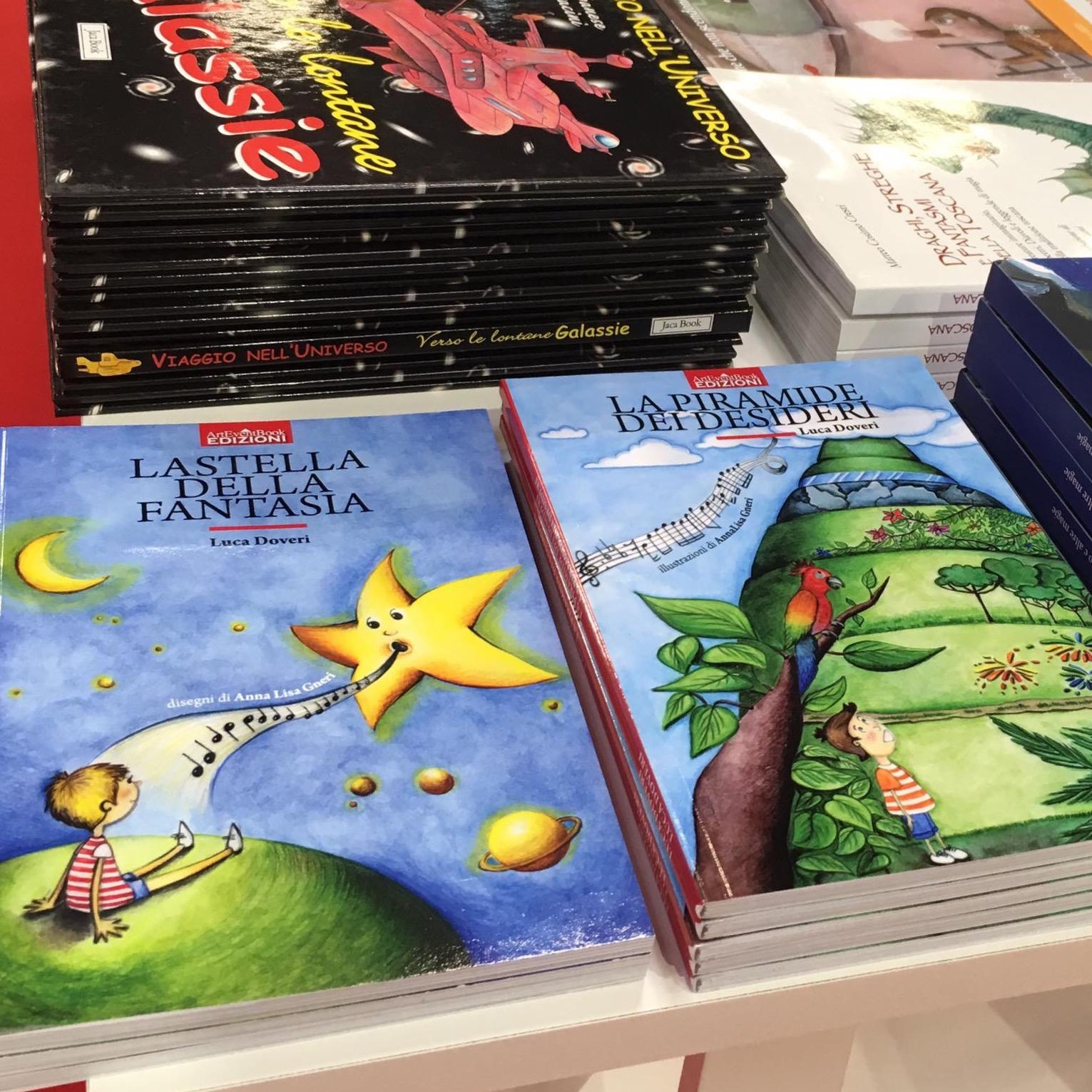 """""""La stella della fantasia"""" e """"La piramide dei desideri"""" al Salone internazionale del libro di Torino, 18 maggio 2017, illustrazioni di Anna Lisa Gneri"""